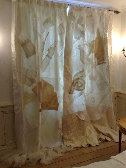Andy Piccos - Wedding Dress Curtains